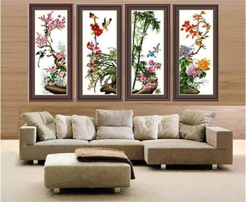 4 loai tranh theu chu thap don tet can luu y  khi treo keo ruoc hoa vao than - 1