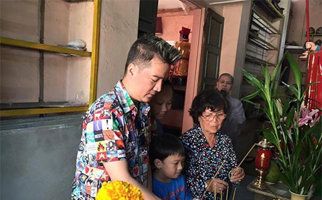 Muốn hóa giải được nghịch cảnh, ca sĩ Đàm Vĩnh Hưng cần phát đi đại nguyện làm con thiện tri thức của mẹ mình