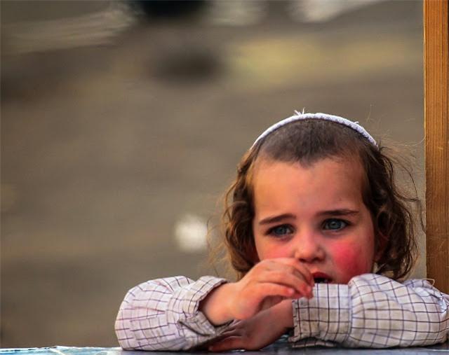Thay vì trừng phạt, đây là cách mà cha mẹ Do Thái uốn nắn những đứa trẻ khó bảo - Ảnh 3.