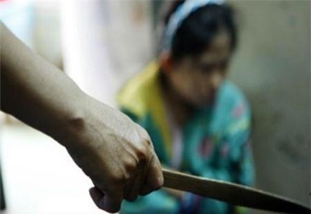 """Kết quả hình ảnh cho Đâm vợ trọng thương vì nghi ngoại tình với """"cột chèo"""" docbao.vn"""