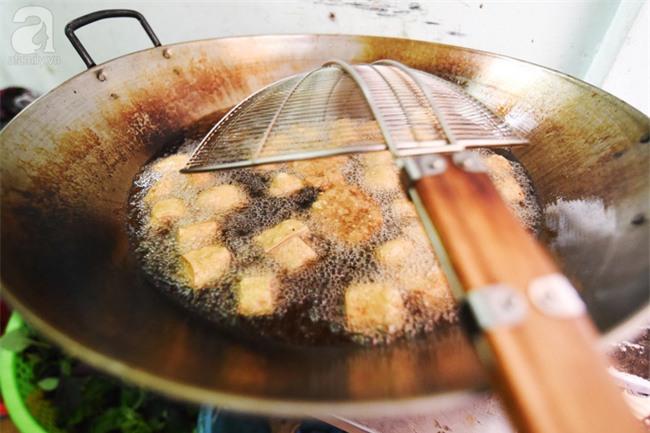 Lạ miệng món bún đậu mắm tôm hành phi trên phố Hoàng Cầu - Ảnh 5.