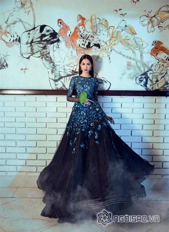 hoa hậu đặng thu thảo diện váy hoa 1