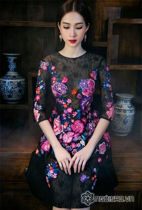 hoa hậu đặng thu thảo diện váy hoa 2