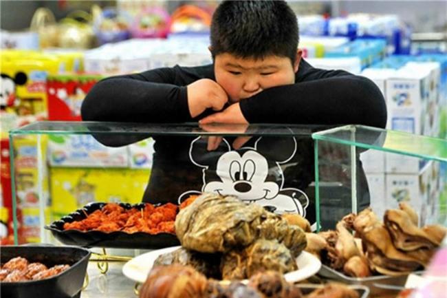 Cậu bé 167kg gây xôn xao dư luận từng kiên trì giảm béo để đến trường giờ ra sao? - Ảnh 16.