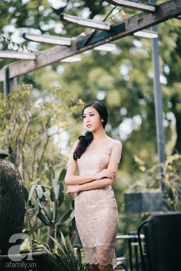 4 mẫu váy liền say lòng người ngắm giúp nàng tỏa sáng tại những buổi tiệc đầu năm mới - Ảnh 12.