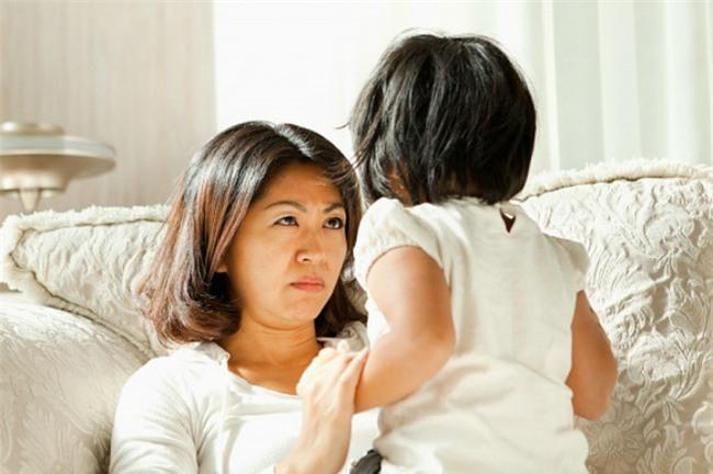 Cách ngăn chặn những hành vi xấu của trẻ theo gợi ý của chuyên gia tâm lý - Ảnh 1.