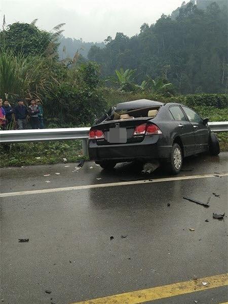 Tai nạn trên cao tốc Nội Bài – Lào Cai, giám đốc chi nhánh ngân hàng tử vong tại chỗ - Ảnh 1.