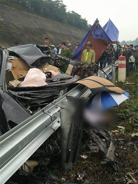 Tai nạn trên cao tốc Nội Bài – Lào Cai, giám đốc chi nhánh ngân hàng tử vong tại chỗ - Ảnh 3.