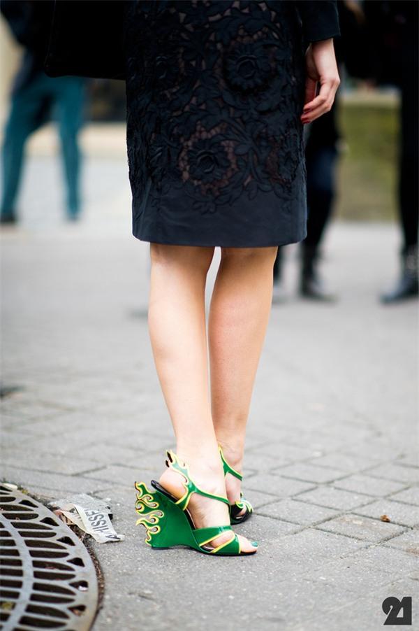 Giày cao gót và những quy tắc kết hợp màu sắc chuẩn chỉnh cùng trang phục - Ảnh 7.