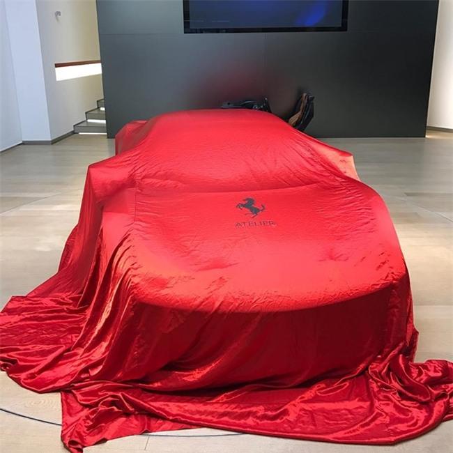 Ferrari up mo ve sieu xe bi an hinh anh 2