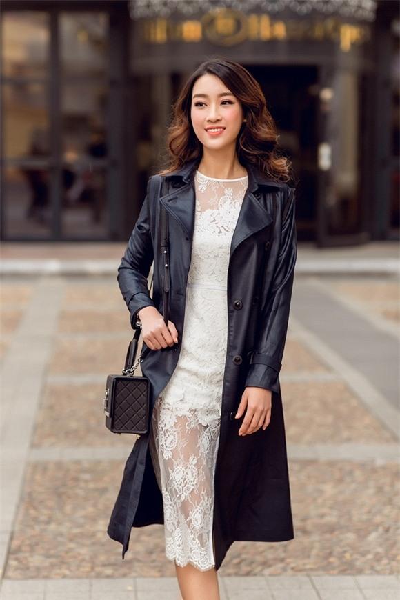 Hoa hậu Mỹ Linh xuống phố 7
