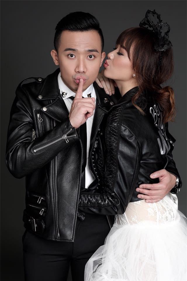 Hé lộ loạt ảnh cưới chưa từng công bố của Trấn Thành - Hari Won - Ảnh 14.