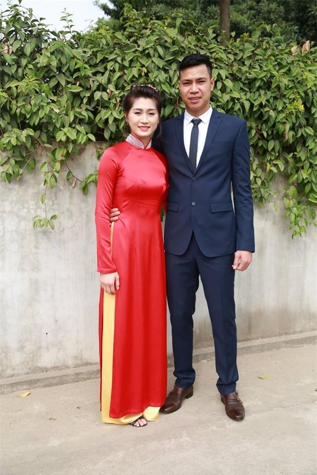 Hoa khôi bóng chuyền Trần Thị Thảo lên xe hoa - Ảnh 2.