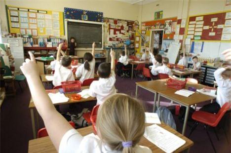 Trường học Anh phạt tiền bố mẹ nếu con đi học muộn