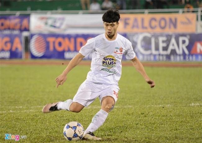 Cong Phuong muon HAGL tiep tuc choi dep o V.League hinh anh 1