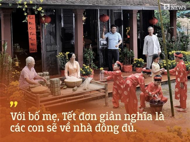 Gửi tất cả bạn trẻ Việt Nam thích du lịch Tết: Bố mẹ ta đang già đi, vì thế Tết hãy về nhà - Ảnh 2.