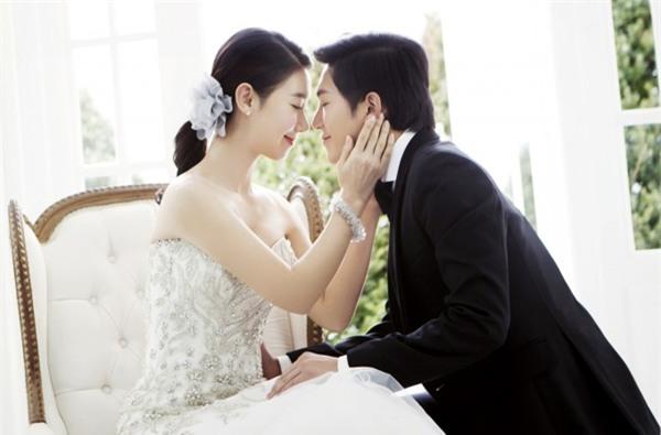 Nhờ bí quyết này, cặp vợ chồng vẫn hạnh phúc như ngày đầu sau 26 năm chung sống - Ảnh 1.