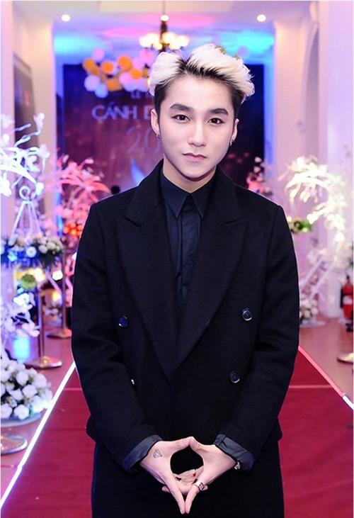 khong phai phu nu, anh chang nay moi la nguoi me son hong nhat viet nam - 5