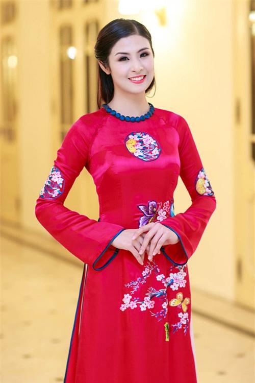 Phản ứng của Ngọc Hân và 2 NTK hàng đầu trước hình ảnh mẫu châu Phi mặc áo dài Việt - Ảnh 5.