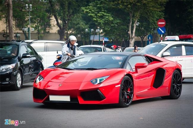 Sieu xe mui tran Lamborghini hon 20 ty tai xuat tai Ha Noi hinh anh 2
