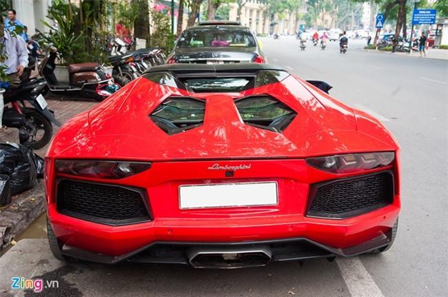 Sieu xe mui tran Lamborghini hon 20 ty tai xuat tai Ha Noi hinh anh 4