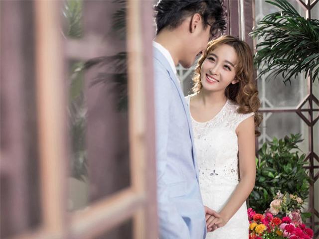 Không chỉ chuyện chăn gối, chồng bạn sẽ sướng rơn người chẳng dám tòm tèm khi bạn làm thế này - Ảnh 2.