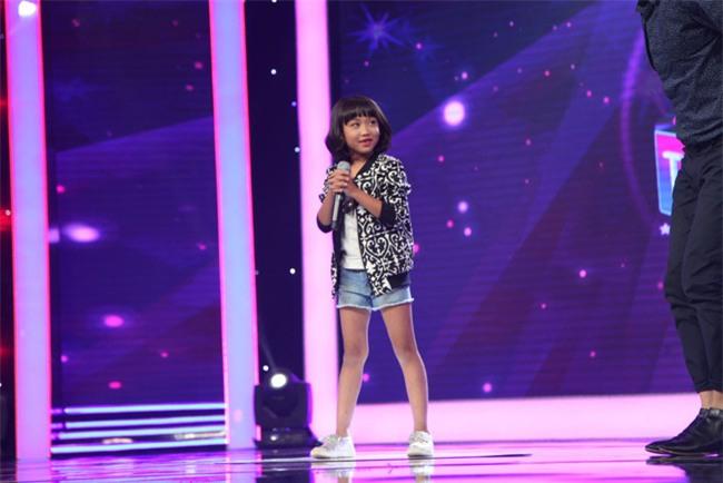 Cô bé 5 tuổi xinh ra để làm Hoa hậu khiến Trấn Thành phát cuồng - Ảnh 16.