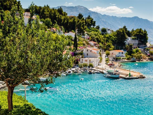 Top 10 địa danh hứa hẹn sẽ khiến dân mê du lịch cuồng chân nhất năm 2017 - Ảnh 15.