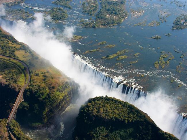 Top 10 địa danh hứa hẹn sẽ khiến dân mê du lịch cuồng chân nhất năm 2017 - Ảnh 19.