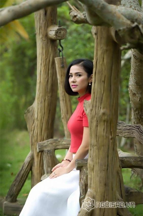 Việt Trinh U50 1
