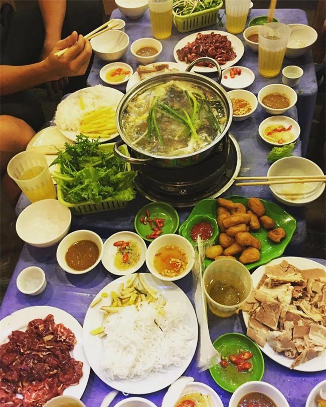 5 quán lẩu bò nhúng dấm ngon nức tiếng mà giá lại bình dân ở Hà Nội - Ảnh 8.