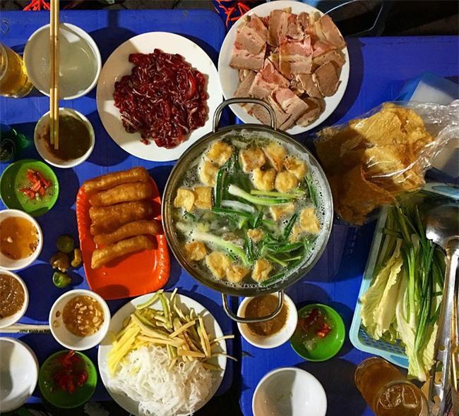 5 quán lẩu bò nhúng dấm ngon nức tiếng mà giá lại bình dân ở Hà Nội - Ảnh 9.