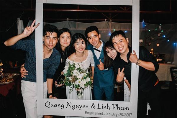 Đám cưới lãng mạn trên du thuyền ở vịnh Hạ Long khiến nhiều người ghen tỵ - Ảnh 8.