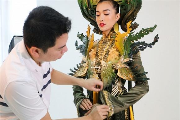 le-hang-phung-bao-hue-5-ngoisao.vn-w1500-h1000 4