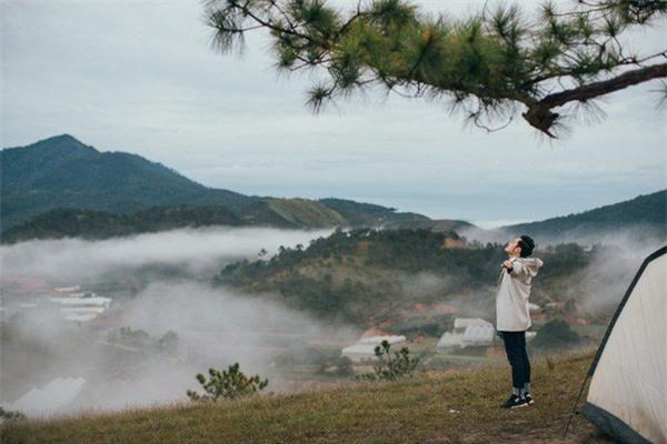 Những điểm đến khiến dân xê dịch phát sốt bởi xuất hiện quá đẹp trong MV ca nhạc - Ảnh 10.