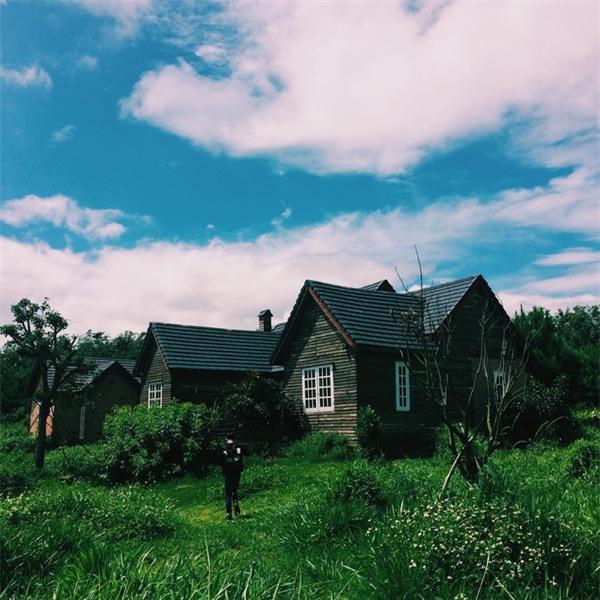 Những điểm đến khiến dân xê dịch phát sốt bởi xuất hiện quá đẹp trong MV ca nhạc - Ảnh 5.