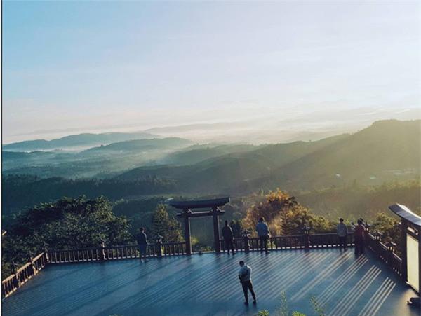 Những điểm đến khiến dân xê dịch phát sốt bởi xuất hiện quá đẹp trong MV ca nhạc - Ảnh 14.
