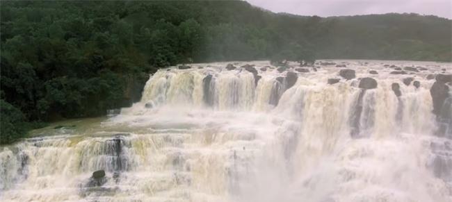Những điểm đến khiến dân xê dịch phát sốt bởi xuất hiện quá đẹp trong MV ca nhạc - Ảnh 23.