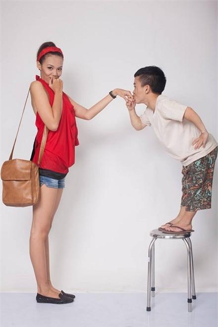 Chú lùn Trần Xuân Tiến: Chia tay bạn gái người mẫu 1m75 - Ảnh 3.
