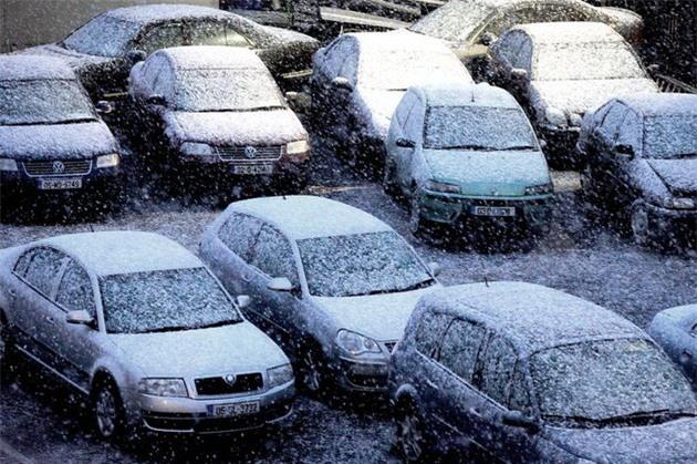 Lạnh giá tiếp tục càn quét châu Âu, 61 người chết - Ảnh 5.