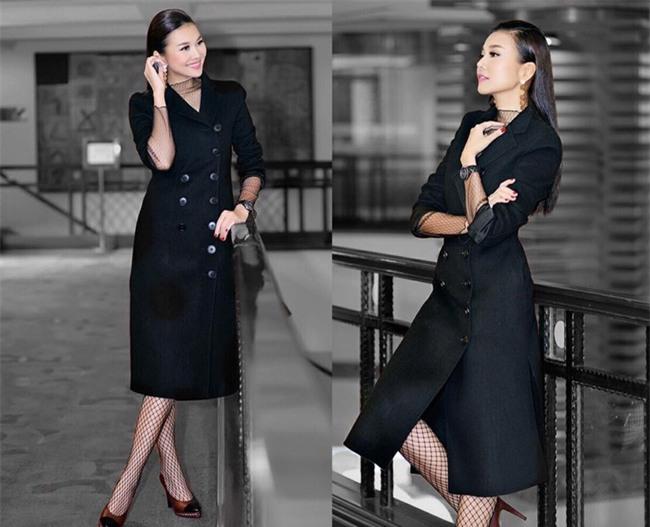 Ngọc Trinh bất ngờ kín đáo, Angela Phương Trinh đổi mốt mái ngố lạ lẫm trong street style tuần này - Ảnh 1.