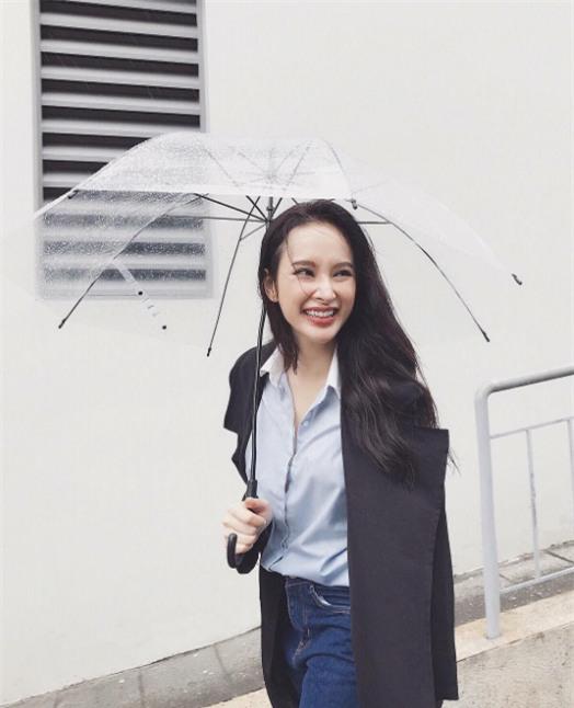 Ngọc Trinh bất ngờ kín đáo, Angela Phương Trinh đổi mốt mái ngố lạ lẫm trong street style tuần này - Ảnh 5.
