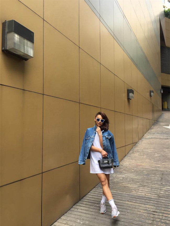 Ngọc Trinh bất ngờ kín đáo, Angela Phương Trinh đổi mốt mái ngố lạ lẫm trong street style tuần này - Ảnh 8.