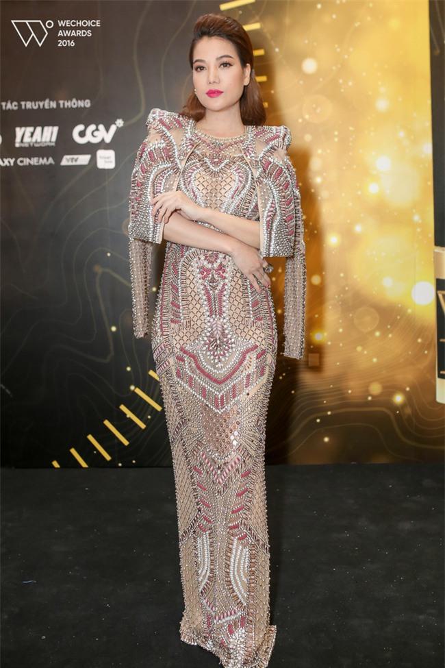 Hoa hậu Kỳ Duyên tái xuất với khuôn mặt lạnh lùng nhưng quyến rũ - Ảnh 6.