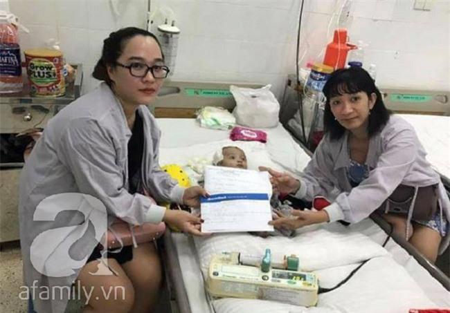 Lùm xùm vụ trục lợi tiền ủng hộ bé bị não úng thủy chữa trị tại Singapore, tình nguyện viên và sư thầy lên tiếng - Ảnh 6.