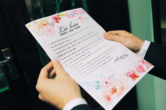 Chủ rể đứng trước cửa đọc lời hứa mới đón được hot girl Hà Thành về làm vợ - Ảnh 6.