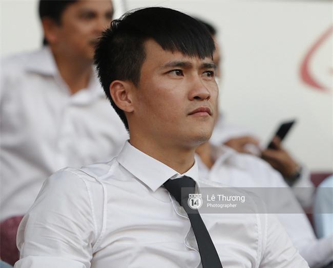 CLB TP.HCM thua trận, Công Vinh vẫn móc hầu bao thưởng 200 triệu đồng - Ảnh 2.