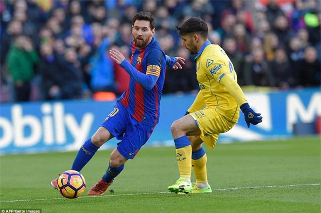 Messi lập kỷ lục ghi bàn giữa tâm điểm chỉ trích - Ảnh 5.