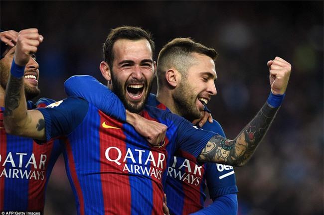 Messi lập kỷ lục ghi bàn giữa tâm điểm chỉ trích - Ảnh 8.