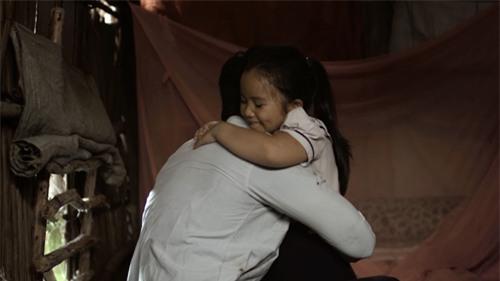 Rơi nước mắt trước chuyện ông bố quê nhà hái cam gửi lên thành phố cho con gái - Ảnh 3.
